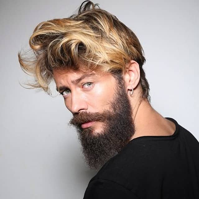 b3889d47ac 75 Best Shoulder Length Hairstyles for Men (In 2019!)