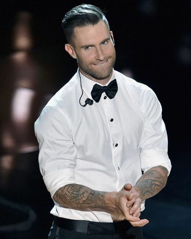 Adam Levine Haircut 27