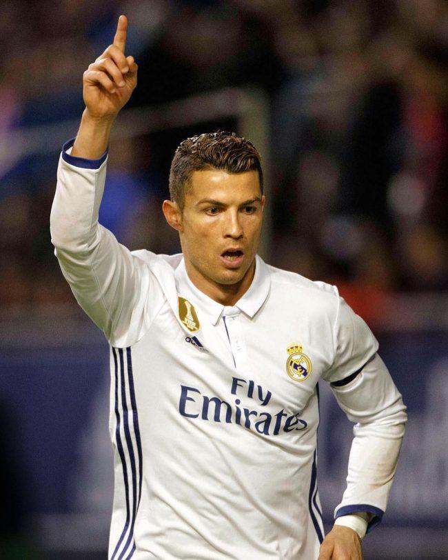 Cristiano Ronaldo Haircut 52