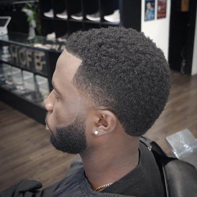 Haircuts For Round Faces 29