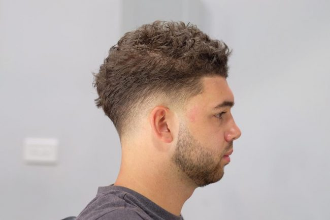 Taper Fade Mens Haircuts 59