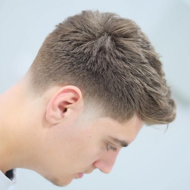 Taper Fade Mens Haircuts 60