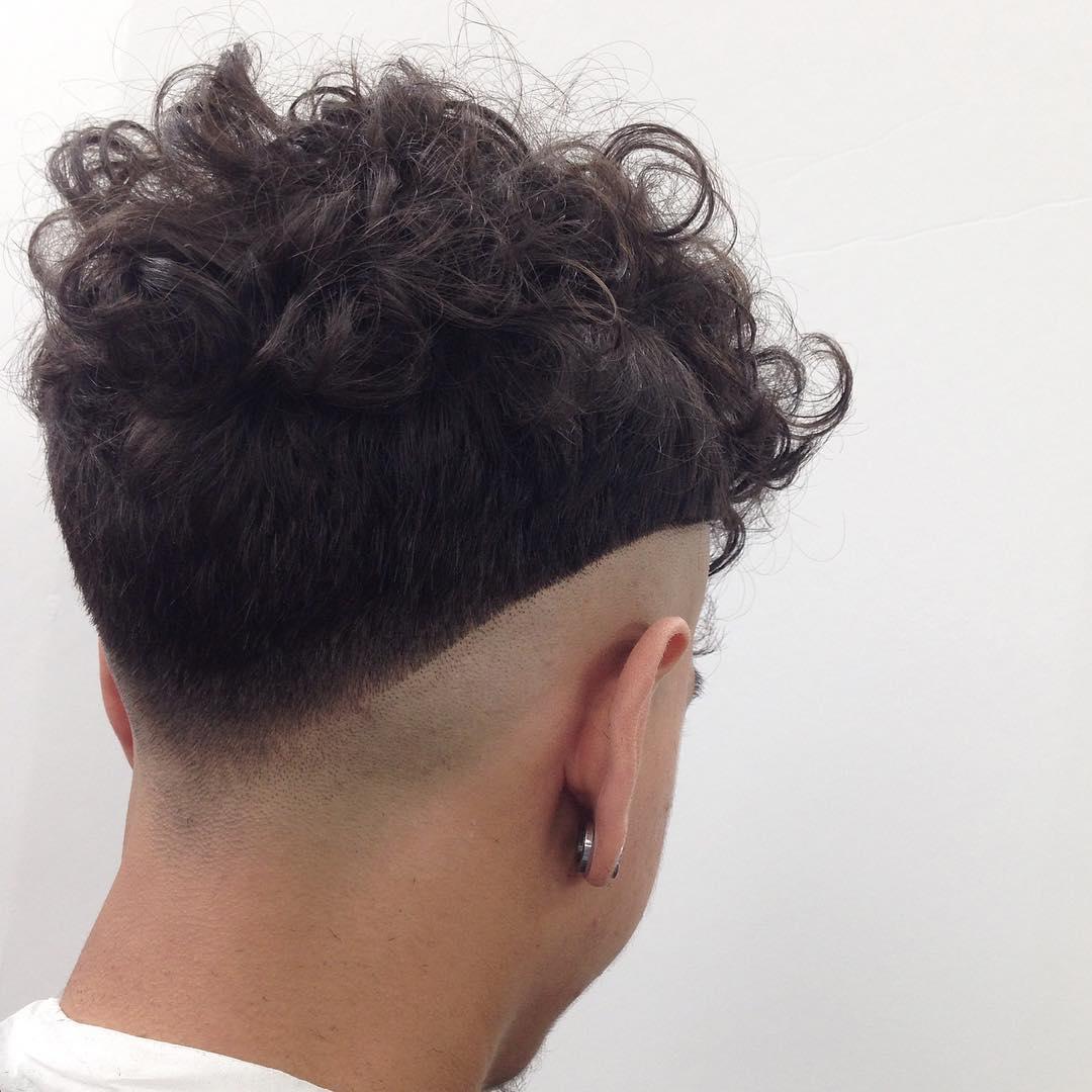 V-Back Top Curls