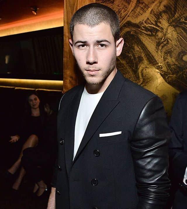 Nick Makes Super Short Look Super-Hot
