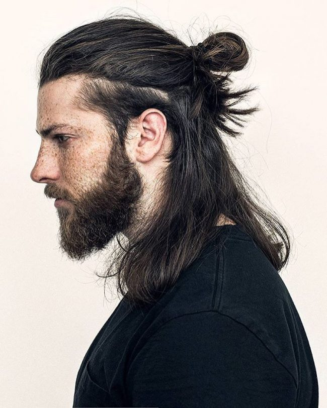Knotted Pomp for Long Locks