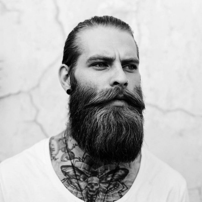 Long Beard Styles 38