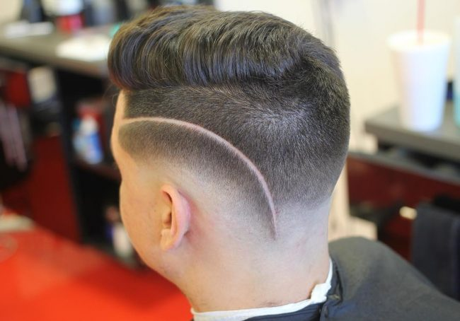 Pomp on Top with Low Razor Part