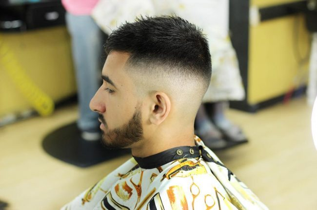 V-Cut Hair 33