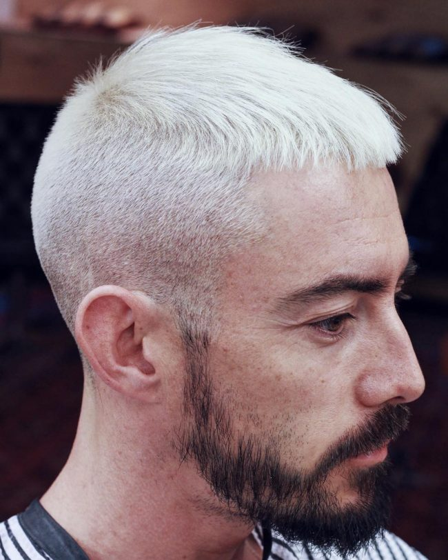 Short Haircuts for Round Faces 53