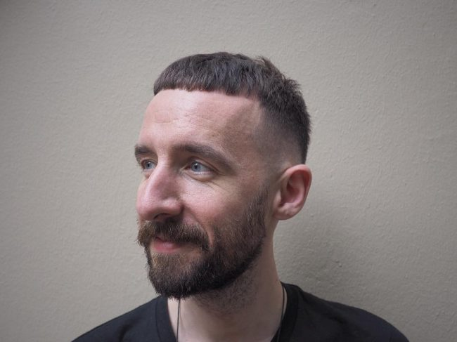 Short Haircuts for Round Faces 54