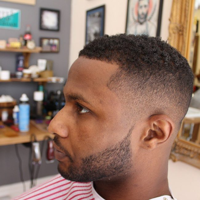 Short Haircuts for Round Faces 57