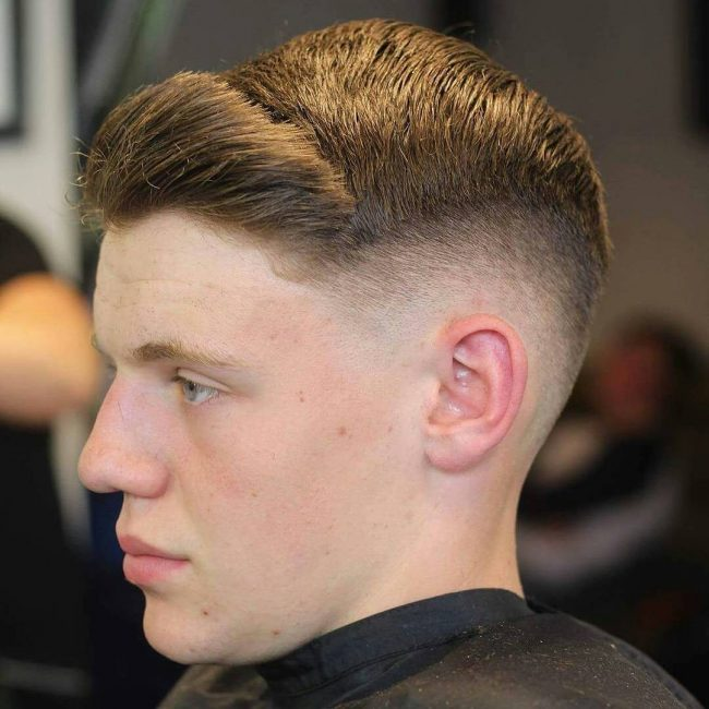 17 Stylish Top with Skin Fade