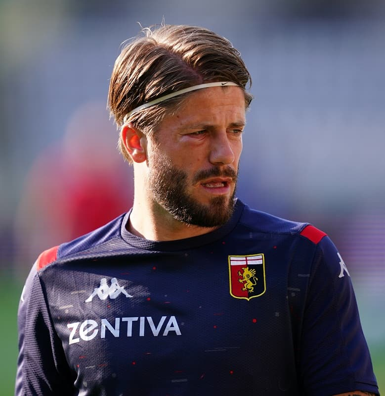 Soccer Haircut - Lasse Schone
