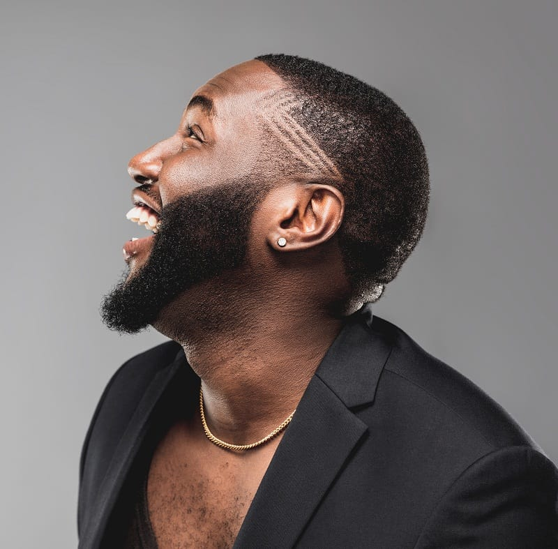 short haircut with design for black men