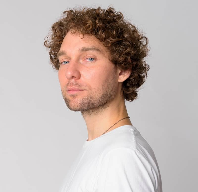 men's curly haircut