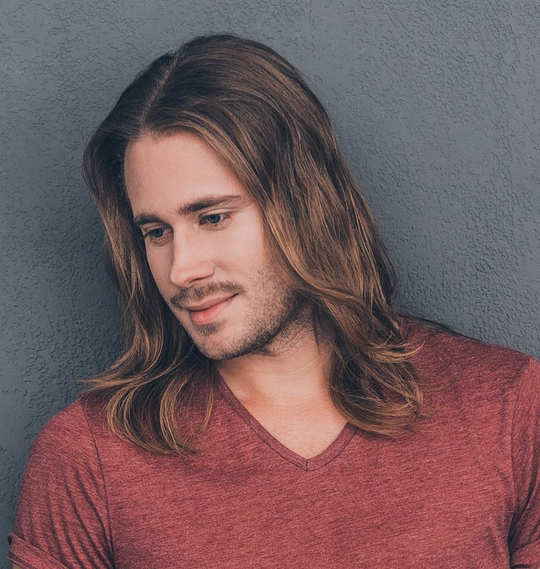 men's long hair with middle part