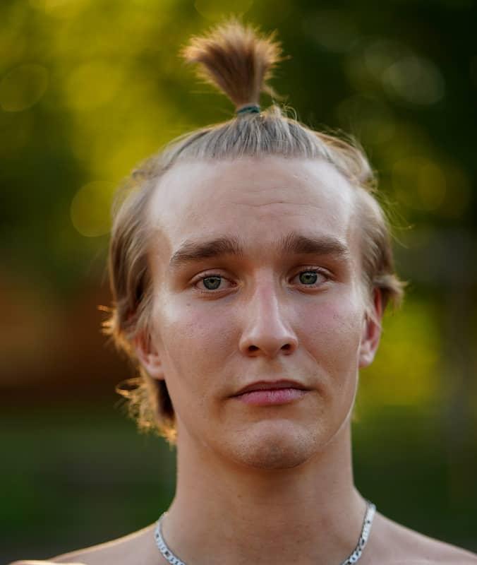 short ponytail for men