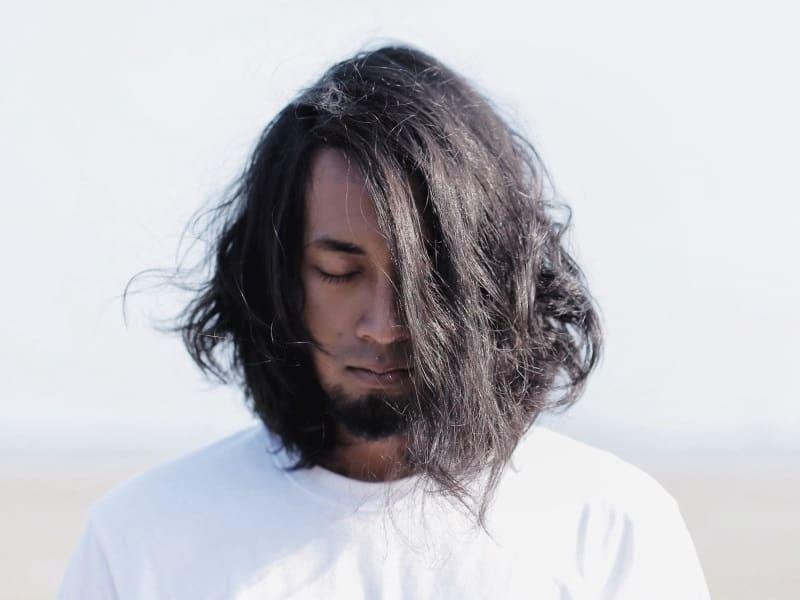 medium length hairstyle for men