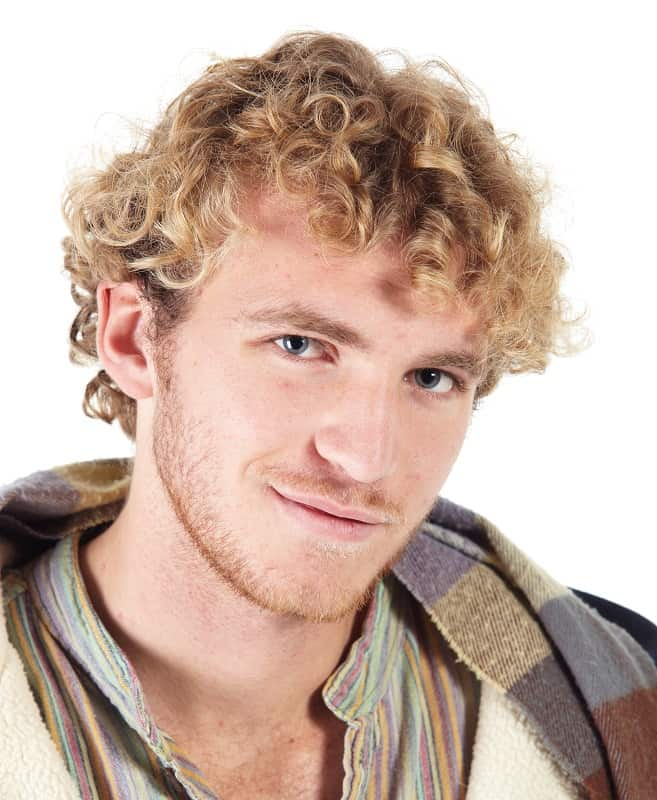 curly hairstyle for man with thinning hair
