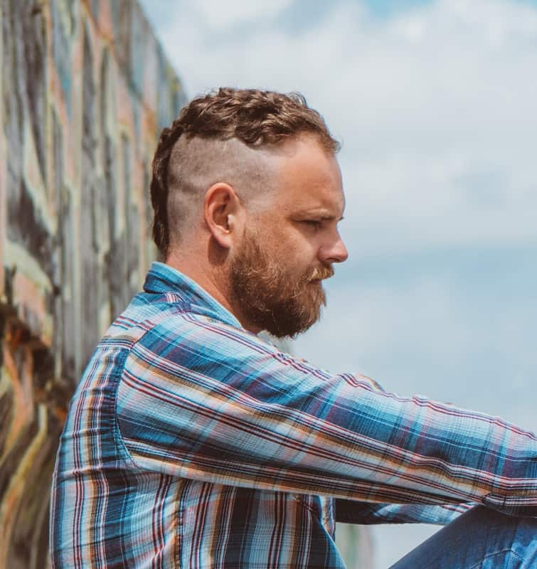 short side shaved haircut for men