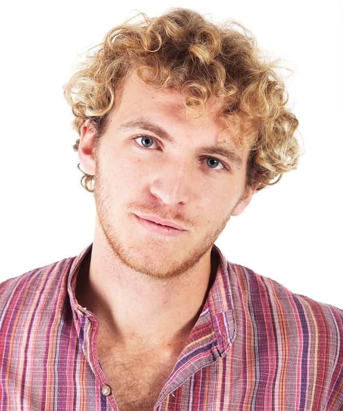 short blonde curls for men
