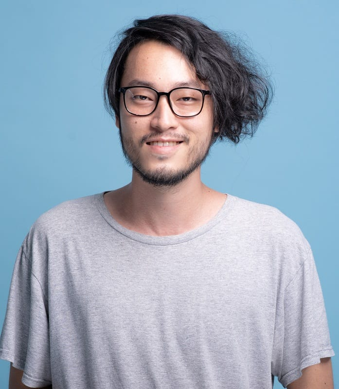 asian men's side parted hairstyle