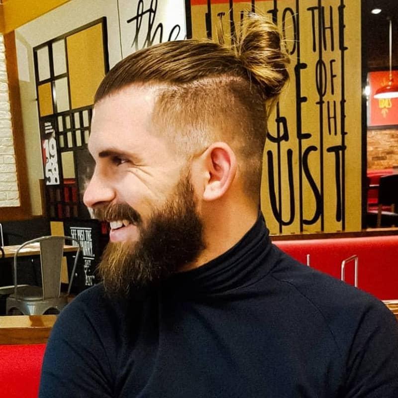 men's top knot with beard