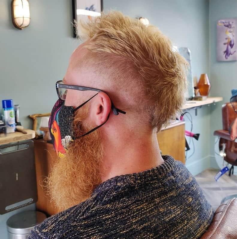 v shape haircut with beard