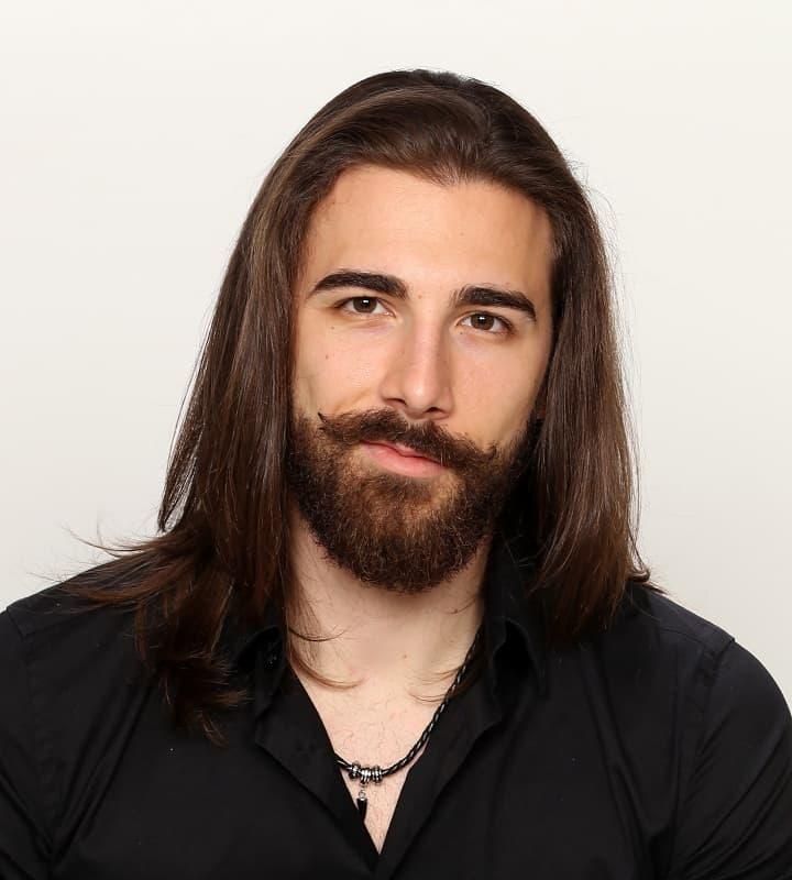 widows peak hairstyle for long hairedmen