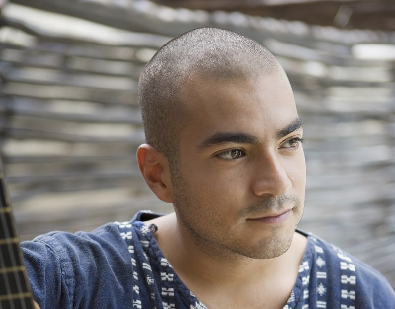 clean shaved head for men with round face