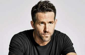 45 Stunning Ryan Reynolds Haircuts – Trendy Superhero