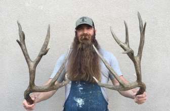 50 Eye-catching Longest Beards – Throw Away The Razor