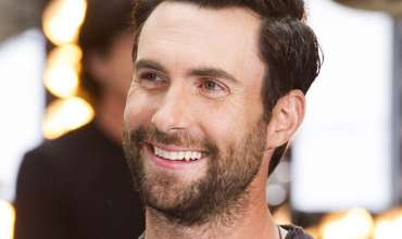 50 Classy & Simple Adam Levine Haircut Styles – All His Favorite